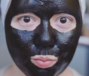 Lepotni ritual za nego mastne kože
